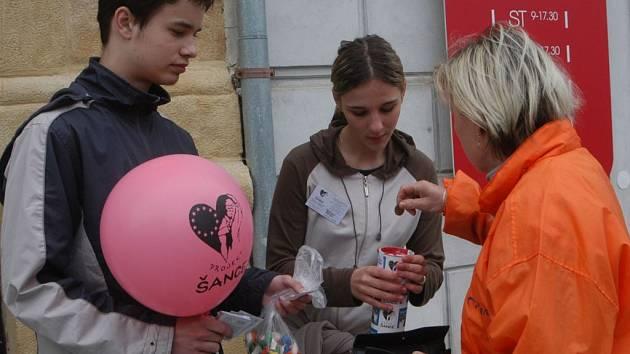 Také v Jičíně se uskutečnila sbírka Projektu Šance.