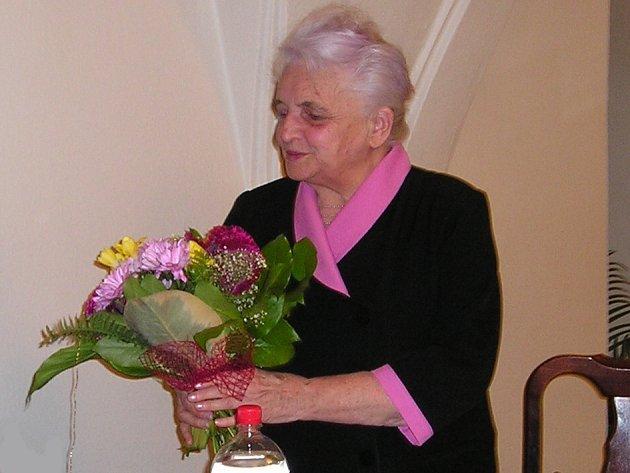Spisovatelka a vypravěčka Marie Kubátová.