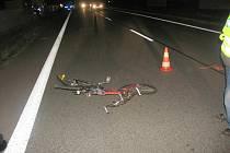 V Ohavči byl při střetu s osobním vozidlem na místě usmrcen třiačtyřicetiletý cyklista.