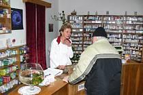 Z ostroměřské lékárny.