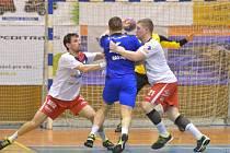 Výhra a postup mezi čtyřku nejlepších. Házenkáři Jičína na domácí půdě porazili Hranice 31:28 a zahrají si semifinále Českého poháru.
