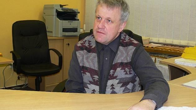 Petr Ježek, ředitel novopacké ZŠ Husitská.