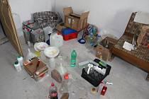 V pronajatém domě v Kopidlně byla výrobna drog.