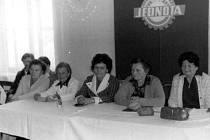 Oslavy MDŽ v Ostružně roku 1978 spojené s výročkou Jednoty.