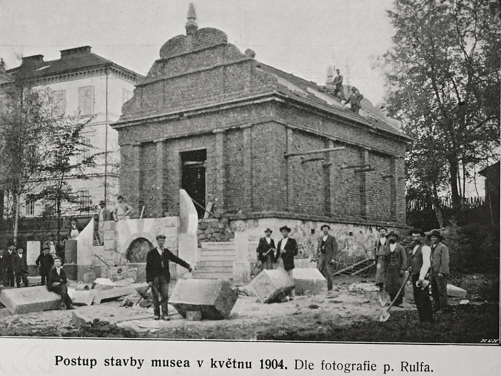 Stavba bělohradského Fričova muzea.