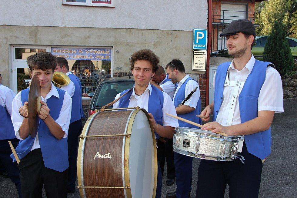 Ze slavnosti Semilský pecen.