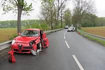 Z místa dopravní nehody u Lázní Bělohrad.