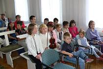 Ze zahájení školního roku v církevní škole.