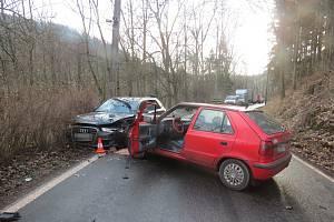 Za dopravní nehodou v Karlově zřejmě stála vysoká rychlost.