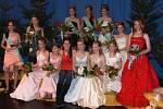 společný snímek všech dvanácti soutěžících.