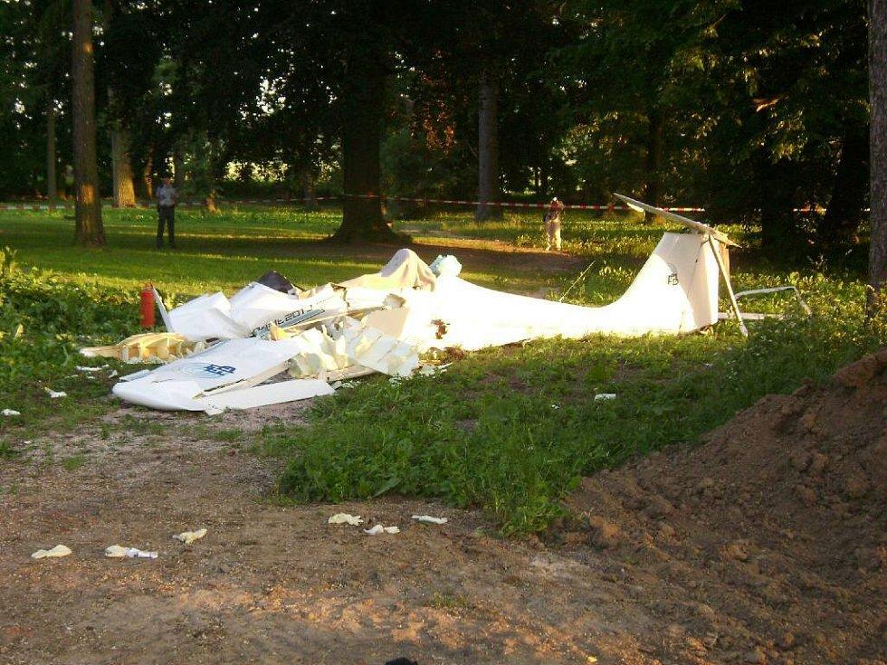 Nehoda ultralehkého letadla ve Vokšicích u Jičína.