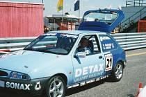 Oldřich Babák s Fordem Fiesta.