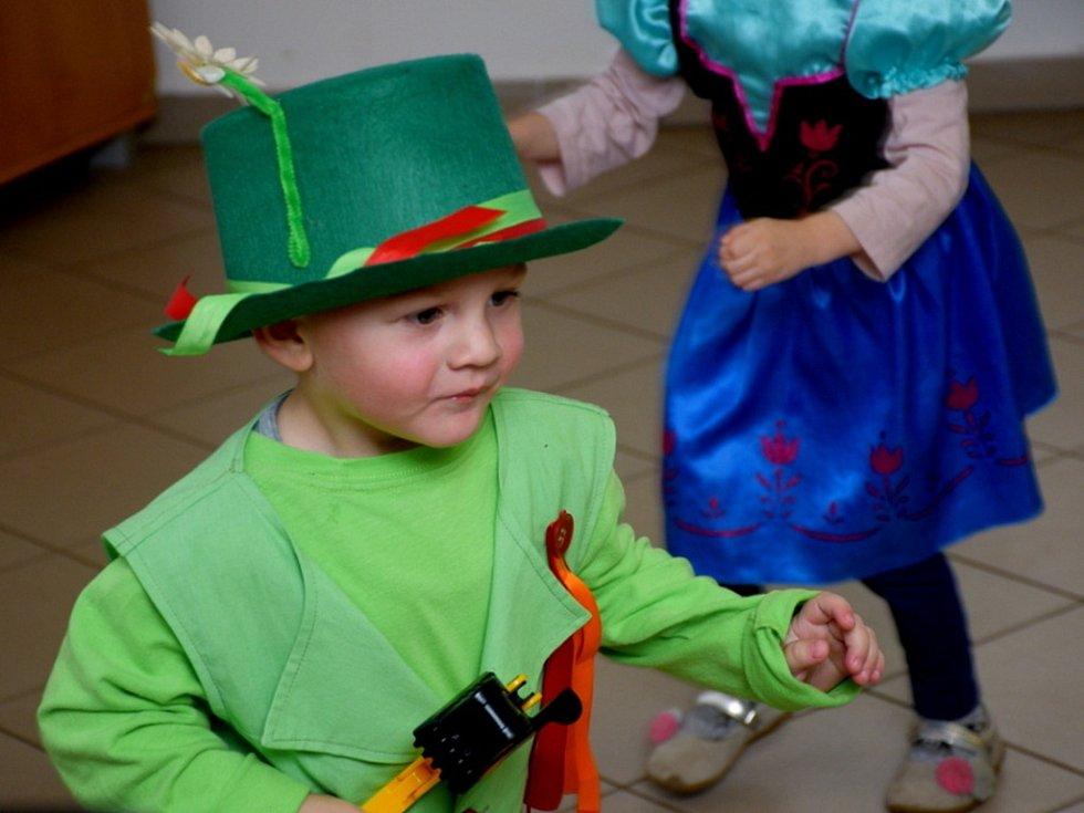 Dětský karneval v Dřevěnicích.