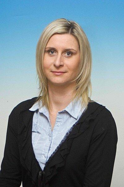 DRAHOSLAVA ŽENATÁ (TJ Jičín – atletika) Úspěšná dlouholetá trenérka  nejmenších zájemců o královnu sportů.