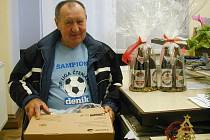Celkově druhý Alois Dejl zapojil do soutěže celou svoji rodinu, další příbuzné a známé. Domů si odnesl pánve na pečení a dárková balení pivovaru Tambor. Jak nám prozradil, už se těší na další soutěž.