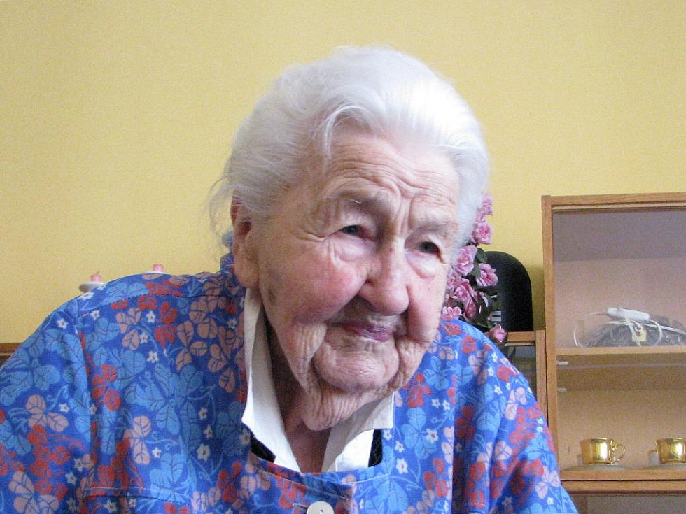 Marie Fišerová zatím nikdy v životě žádné volby nevynechala. Je jí 105 let.