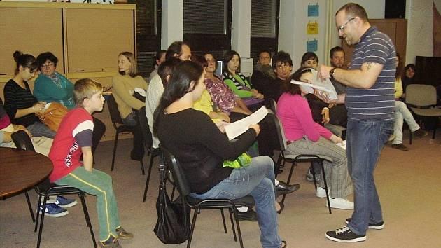 Kazuistický seminář v knihovně.