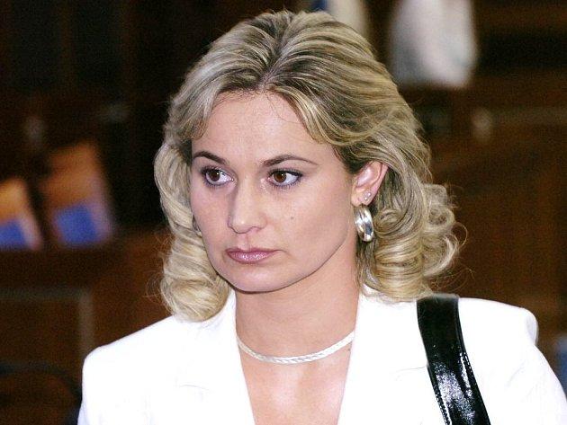 Janette Svojanovská muží ve zkušební době pěti let pravidelně navštěvovat probační a mediační službu.