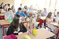 Poslední školní den na jičínské ZŠ Poděbradova.