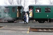 Mikulášský vlak v Nové Pace.