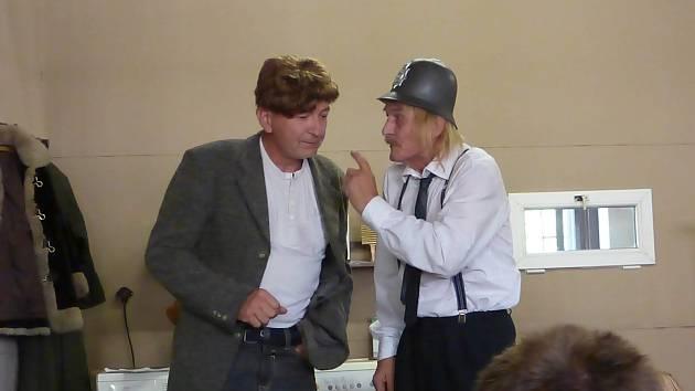 Čistírna. Místy až ztřeštěná veselohra Wolfganga Spiera a Pita Fischera.