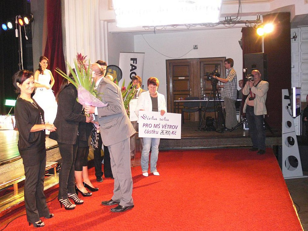 Finále soutěže Dívka roku 2010 v Jičíně.