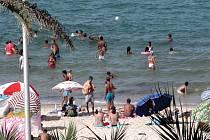 Pláž, moře a sluníčko se již staly nedílnou součástí dovolené pro většinu Čechů.