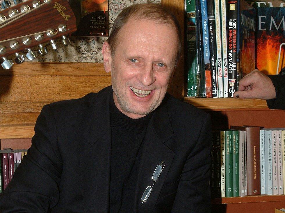 Michal Pavlata.