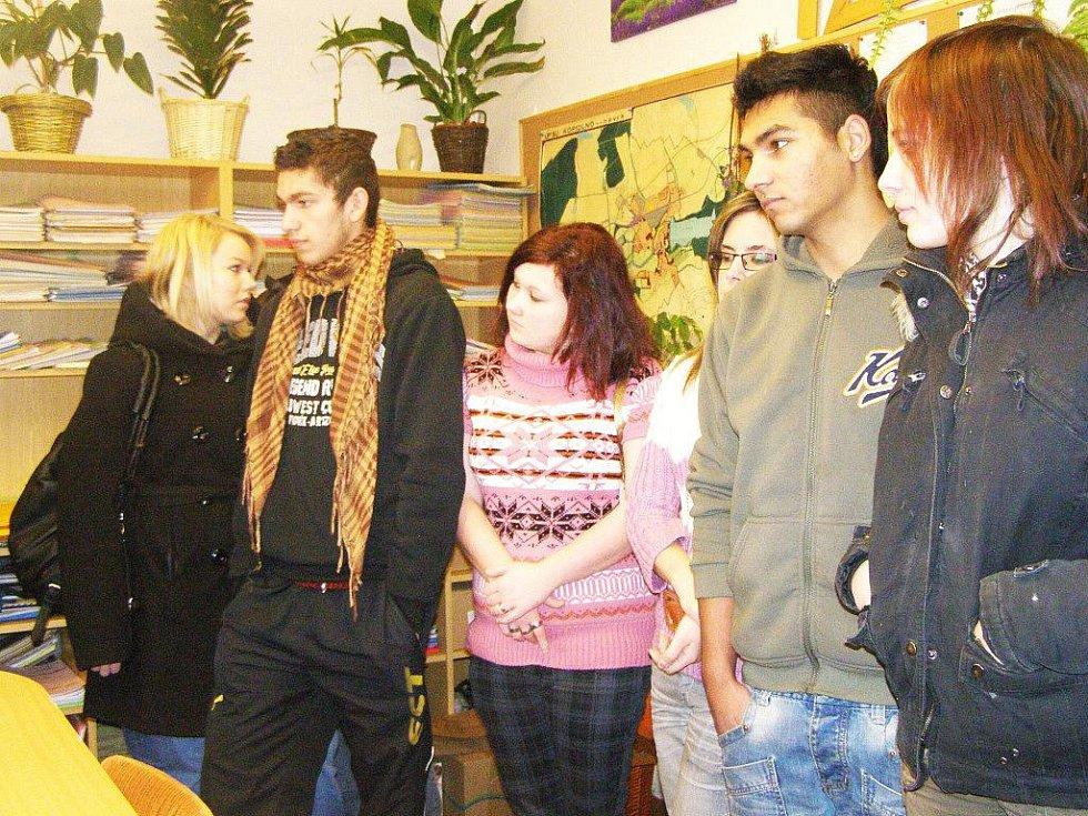 Studenti na městském úřadě.