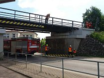Nehoda u viaduktu na frekventované silnici 1/16 v Nové Pace.