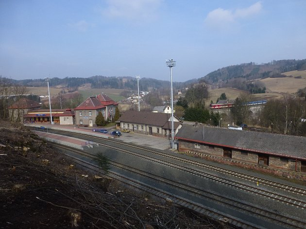 Letos se projektuje modernizace staropackého nádraží. Realizovat se má vletech 2021a 2022.