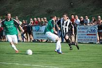 Bělohradští fotbalisté potvrdili v podzimní části 1. A třídy svoji kvalitu a figurují na druhém místě těsně za vedoucími Libčany. Na snímku utkání týmu v Hořicích.