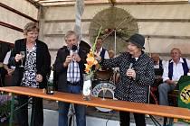 Na výstavu mečíků v Nemyčevsi přijela herečka Hana Maciuchová.