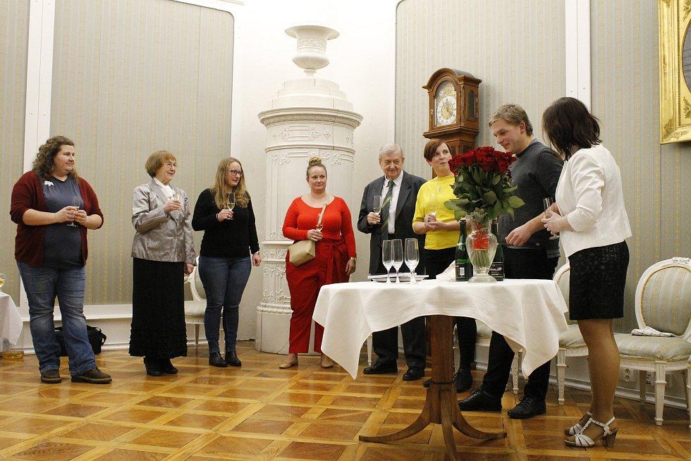 Jičínské muzeum představilo veřejnosti dvě nové publikace. Tentokrát si na své přijdou zejména příznivci regionální historie a výtvarného umění.