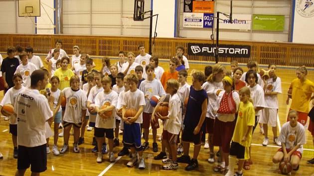 Tým basketbalového potěru