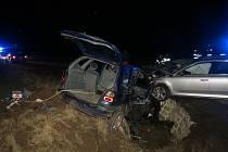 Škoda na vozidlech po nehodě u Radimi je vysoká. Obě řidičky naštěstí vyvázly bez zranění.