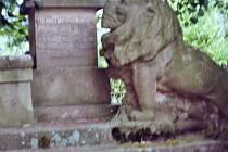 Pomník padlým v Sobčicích.