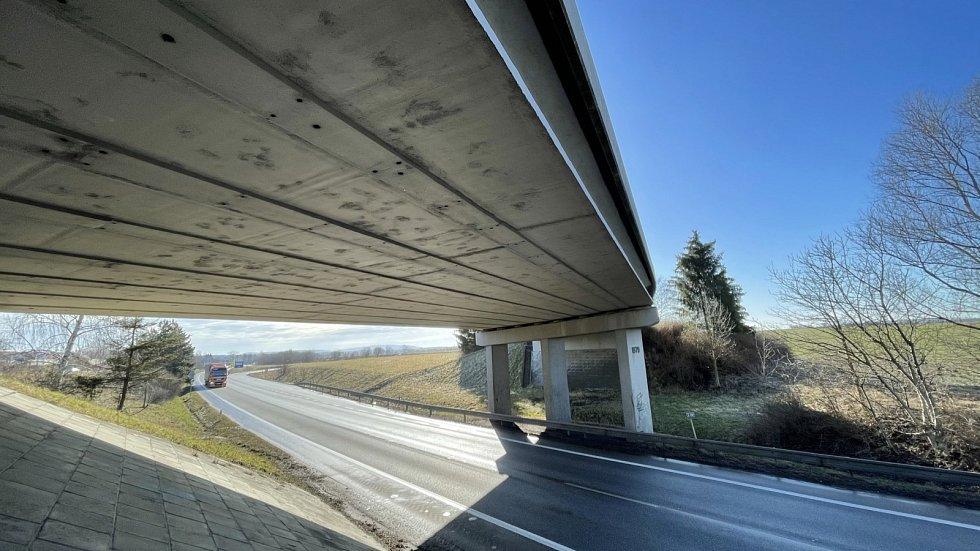 Most v Robousech