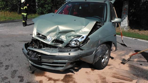 Při nehodě došlo ke zranění jedné osoby.