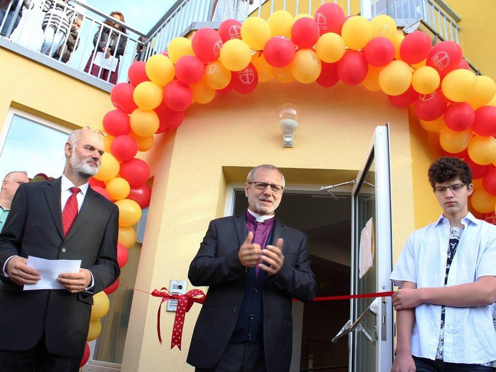 Slavnostní otevření provázela slova díků a radost z vykonané práce.