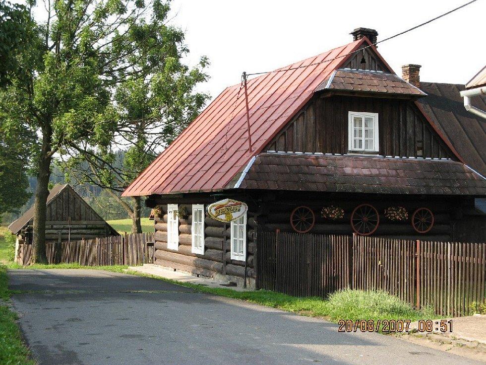 Chaloupka v Hrčavě.