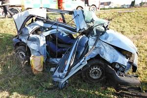 U čtvrteční nehody u Čejkovic zasahoval záchranářský vrtulník.