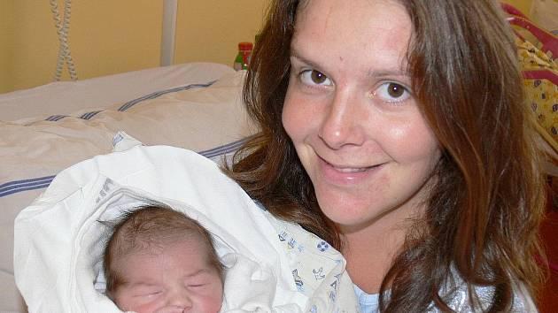 Manželé Aleš a Jitka Hlawatschke z Jičína se 29. září stali rodiči syna Alfreda, který při narození vážil 3150 g a měřil 48 cm.