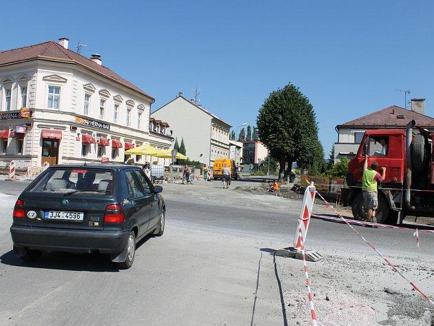 Rekonstrukce křižovatky na Letné.