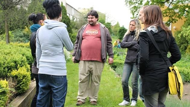 Tomáš Magnusek v kopidlenské zahradnické škole.