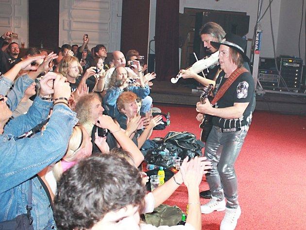 Z koncertu britských Slade.