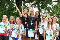 Kuchařová veze z mistrovství Evropy dorostu a juniorů zlatý a stříbrný kov