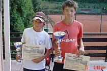 Novopačtí tenisté Štěpán Šec (vlevo) a Patrik Matouš.