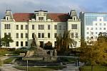 Gymnázium v Hořicích slaví 75 let existence.