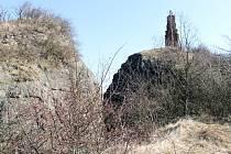 Na vrch Veliš je obtížný přístup, avšak krásná vyhlídka.